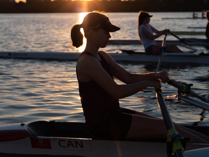 Ash_Murrell_Photographer_Rowing_canada_girl_rowing